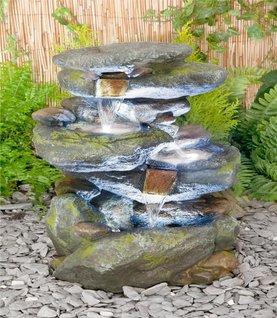 gartenbrunnen kaufen die sch nsten gartenbrunnen f r garten kaufen 2016. Black Bedroom Furniture Sets. Home Design Ideas